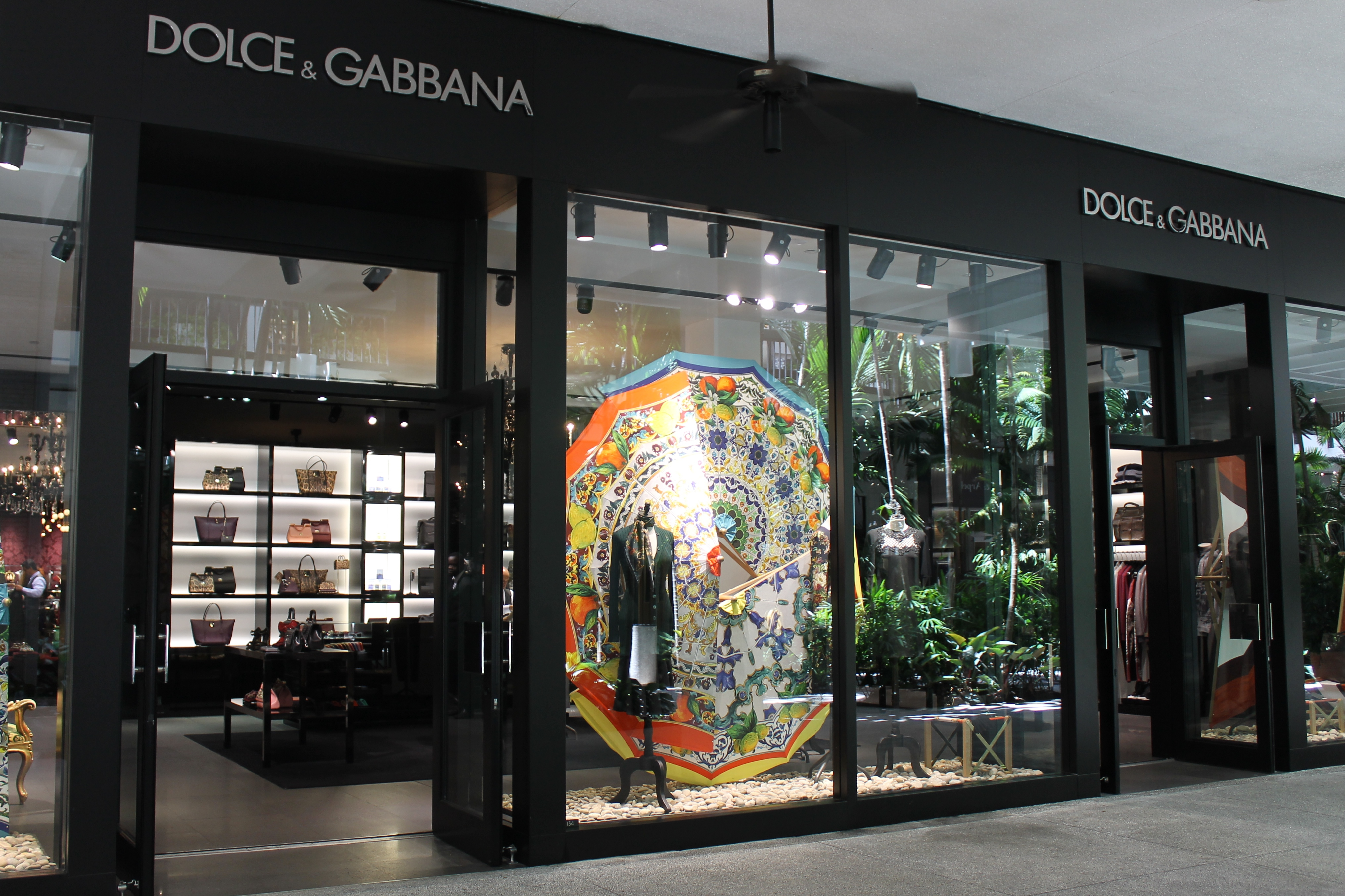 c4779dbbe9b9 Punto vendita Dolcee Gabbana a Bal Harbour, Florida, Stati Uniti