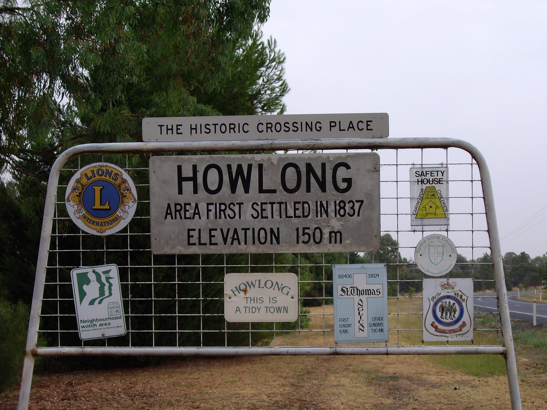 Entering Howlong.jpg