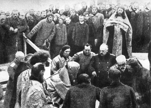 1916: Grundsteinlegung für die neue Stadt Romanow-na-Murmane