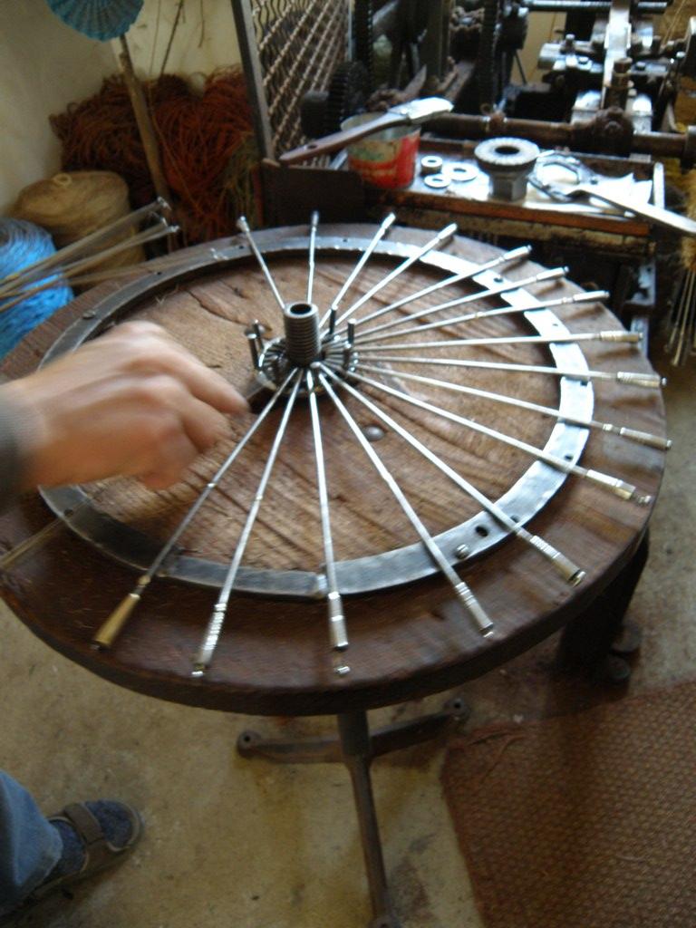 Fichier gabarit pour fabriquer un scourtin scourtinerie wikip dia - Fabriquer un etabli en fer ...