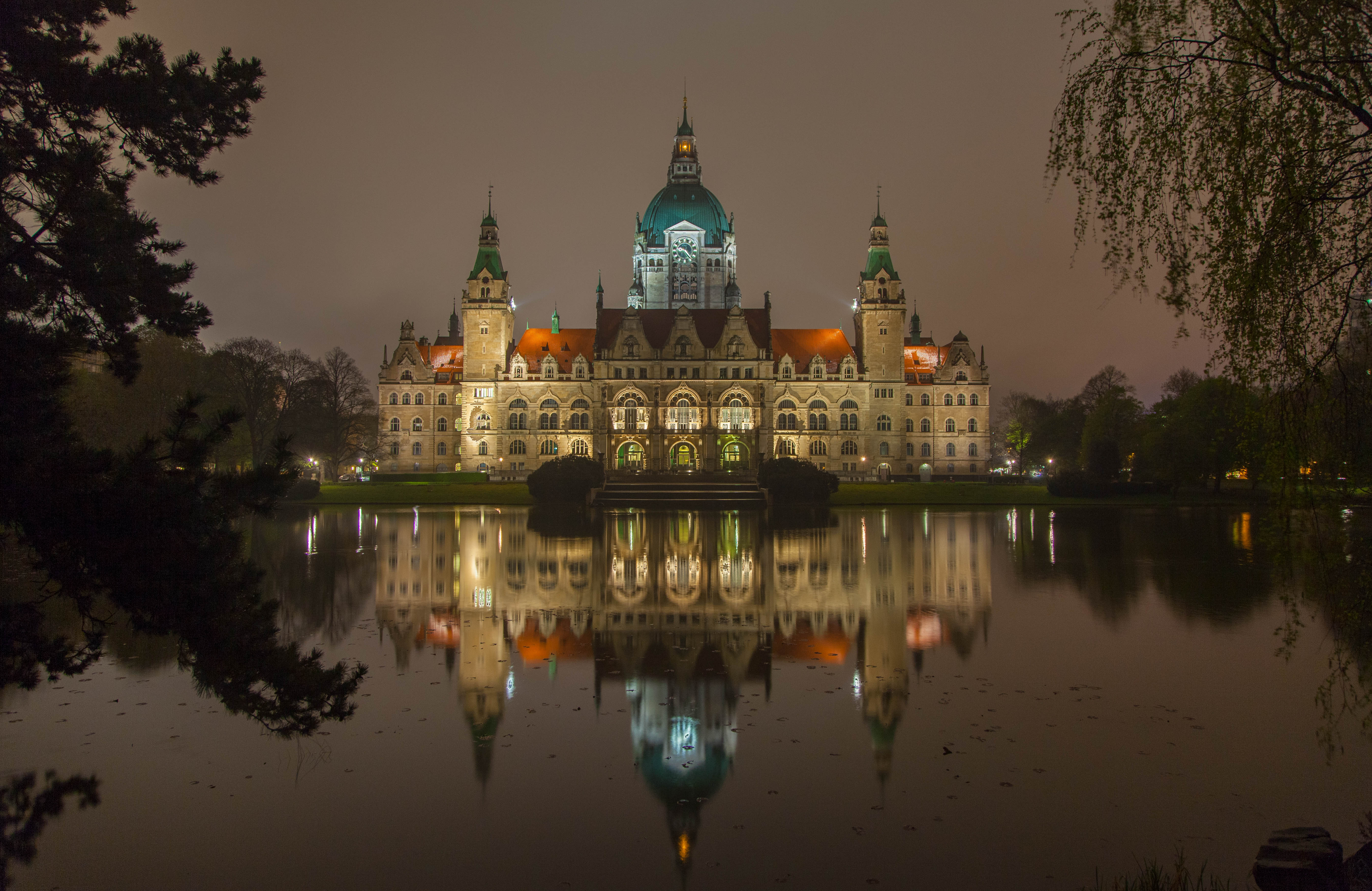 Usm Hannover file hannover neues rathaus bei nacht jpg wikimedia commons
