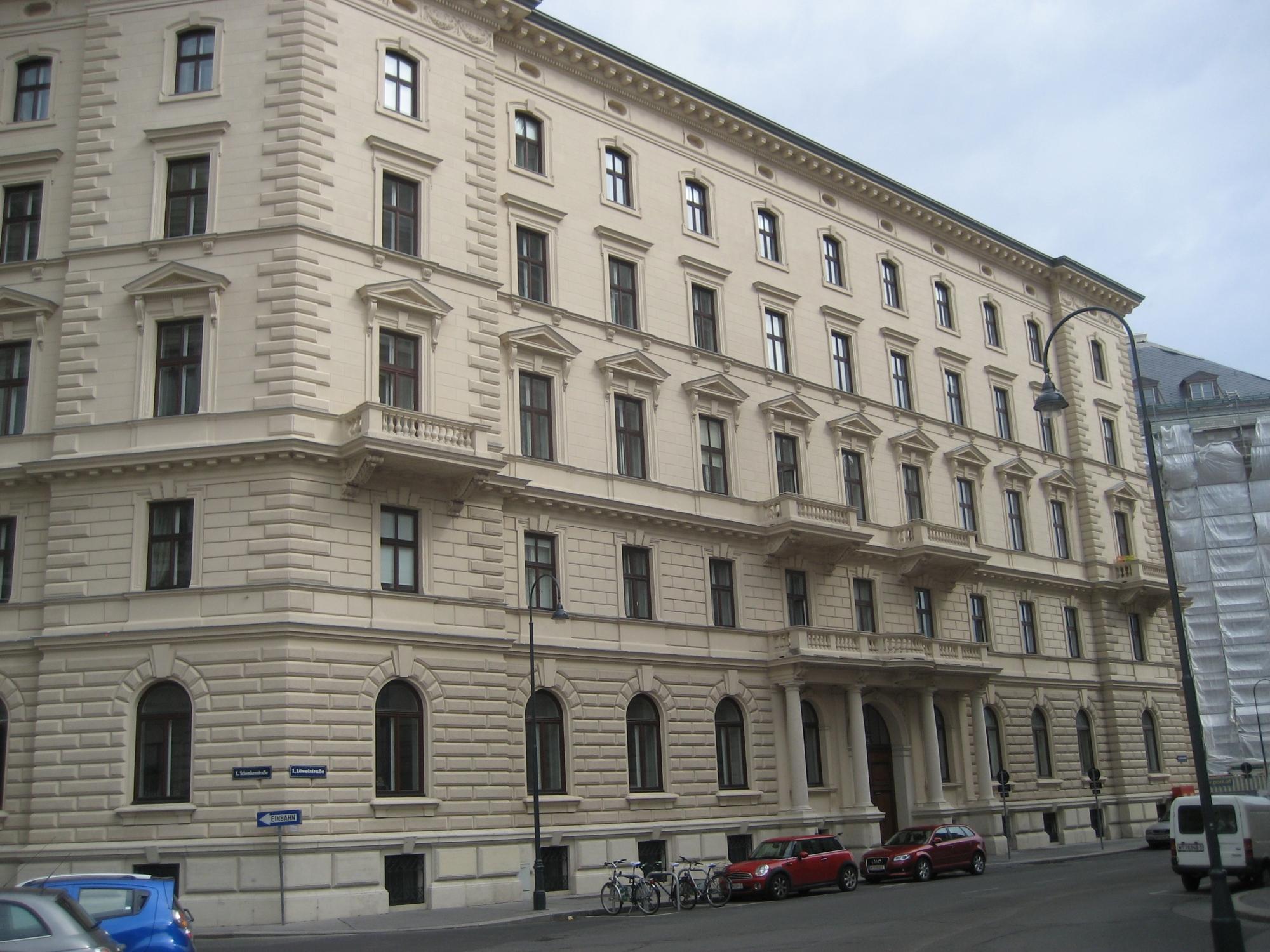 Haus-Löwelstraße 12-01.jpg