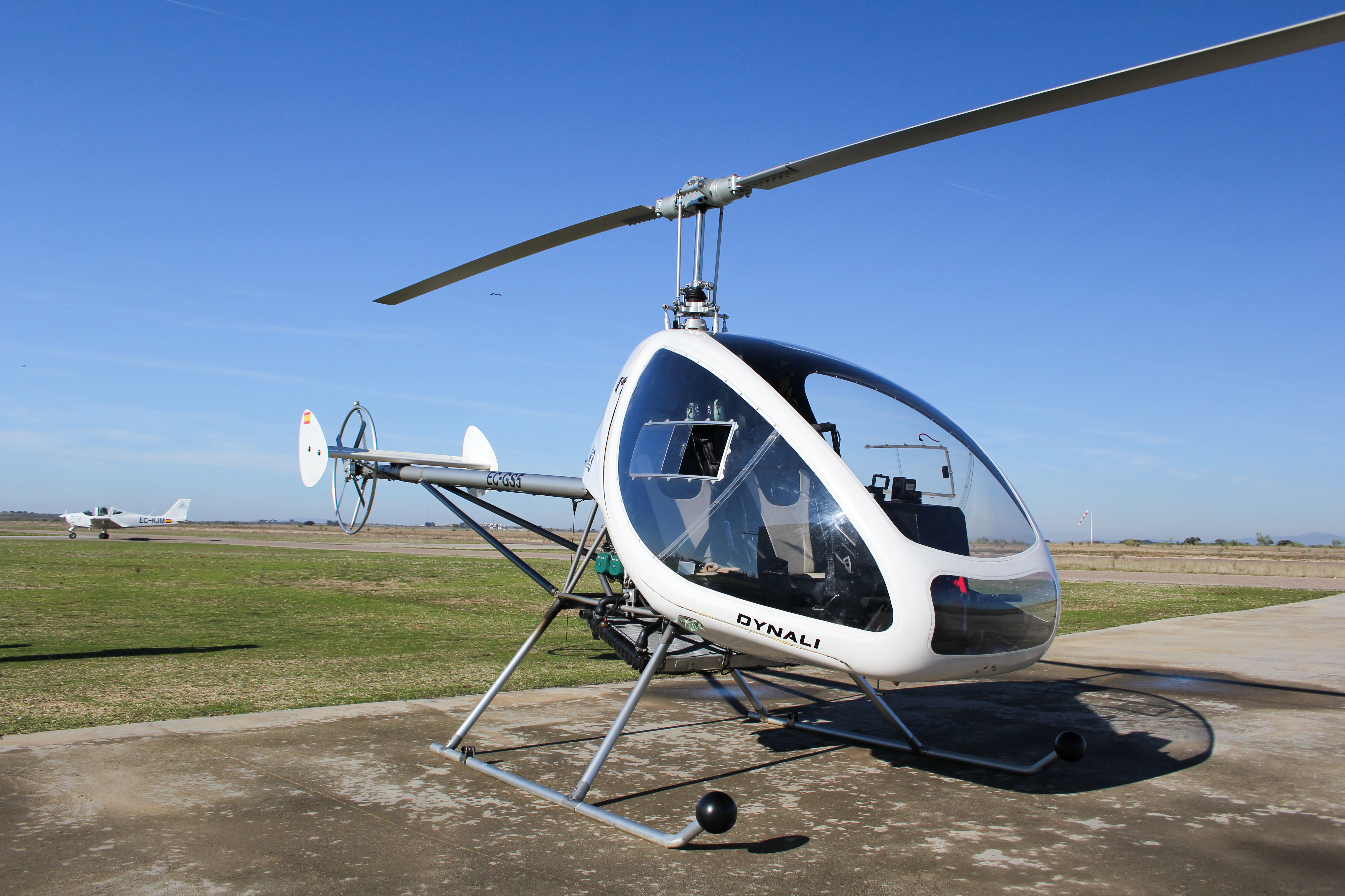mosquito ultralight helicopter with File Helic C3 B3ptero Ultraligero on Aerocopter ak1 3 experimental kit helicopter besides Chinese Home Built Helicopter moreover Fb78786f329bd5685fb692643111e928 furthermore 2 Person Ultralight Aircraft 6rgAaEEpDXSM7usNy90X8CV4PG57aK35Rj9HnUxQT28 further File Helic C3 B3ptero Ultraligero.