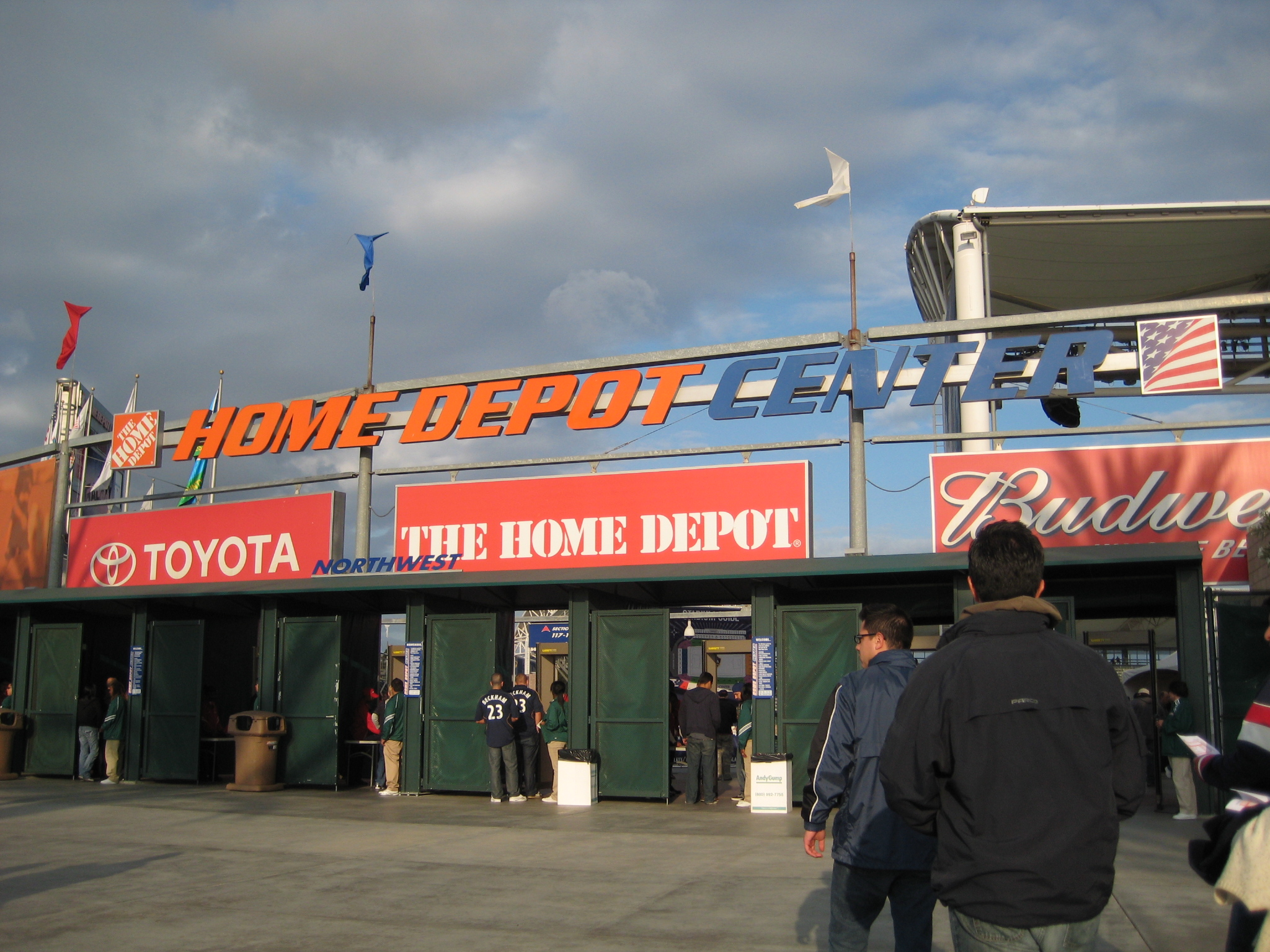 From 2003 2013 The StubHub Center Was Known As Home Depot