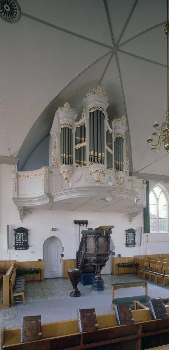 Oude kerk lunteren for Colijn interieur