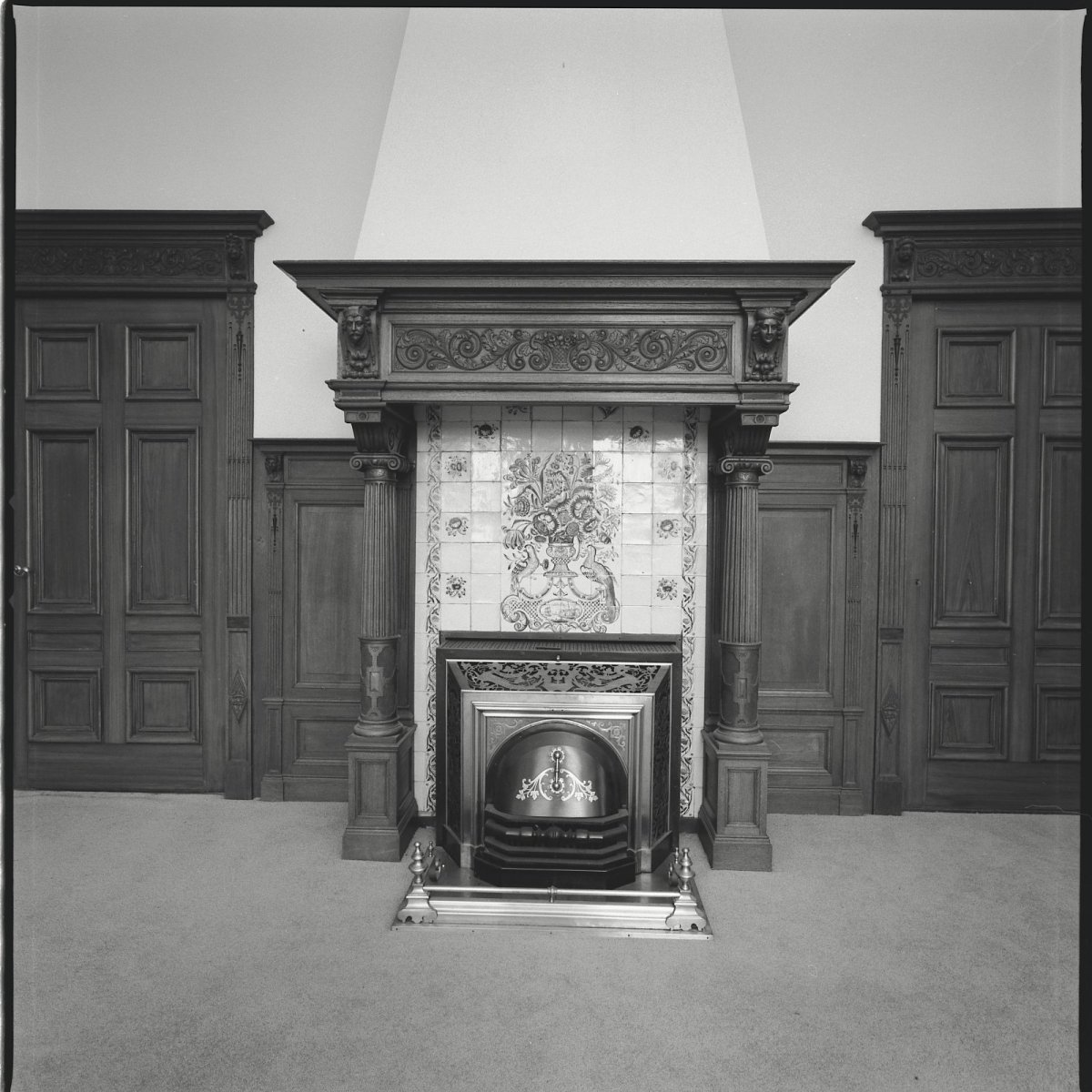 File interieur schouw in de oud hollandse kamer van de for Hermkens interieur horst