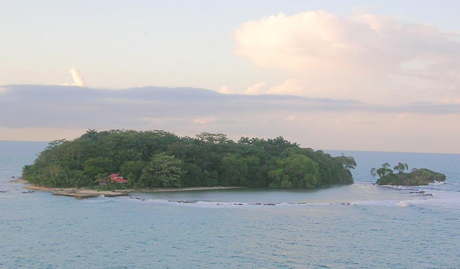 Isla Uvita - Wikipedia, la enciclopedia libre