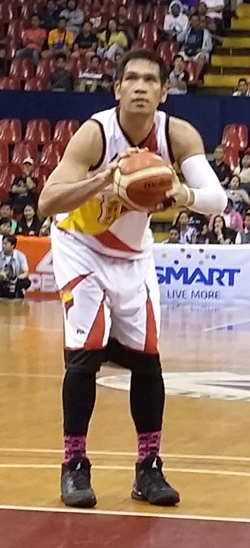 June Mar Fajardo - Wikipedia