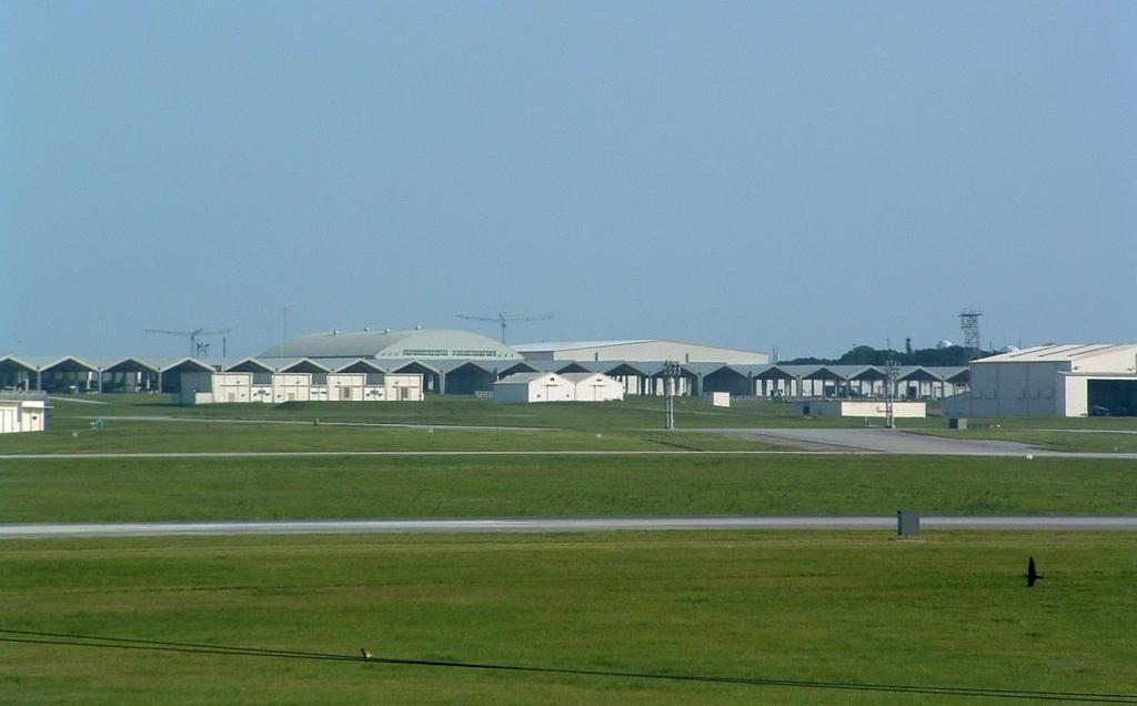 Kadena air base wikipedia the free encyclopedia kadena for Minimalist house okinawa japan
