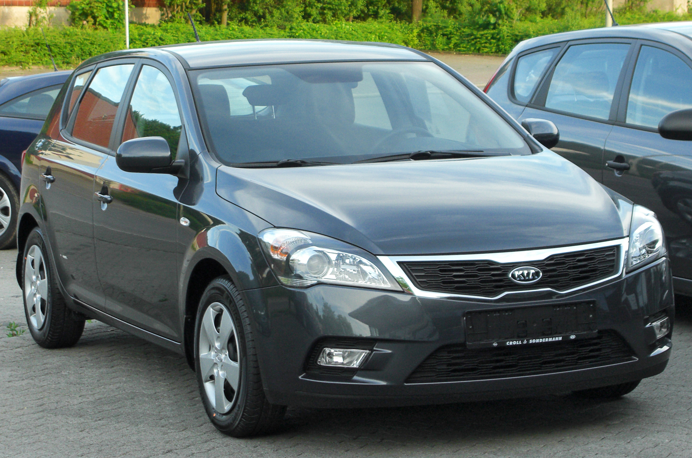 Kia Ceed Wikipedia Battery Light Bulb And Wire Http Govinsciencezoneblogspotcom 2011 Facelift Front