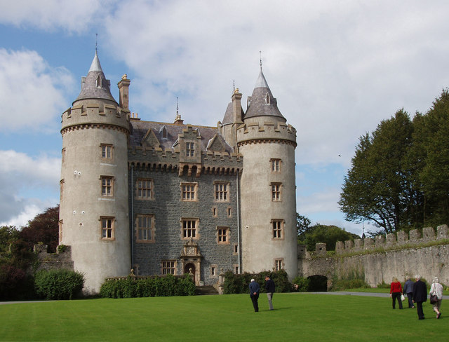 File:Killyleagh Castle - geograph.org.uk - 1581375.jpg
