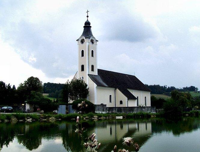 Kirche Schönau.jpg