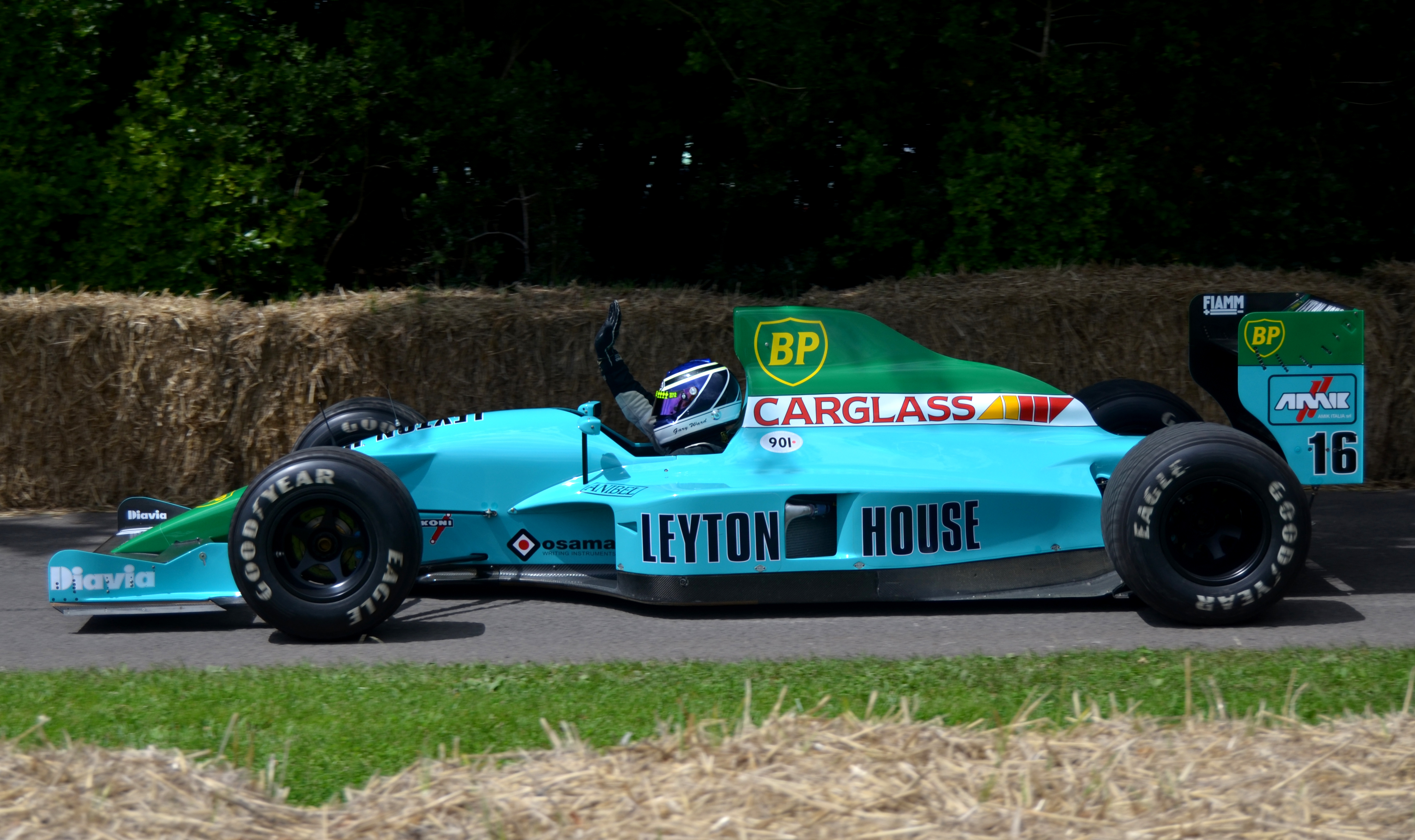 Leyton House, equipe histórica de Formula 1 de 1990 - by wipedia