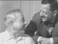Marcel Duhamel et Jacques Prévert dans le film Mon frère Jacques par Pierre Prévert.jpg