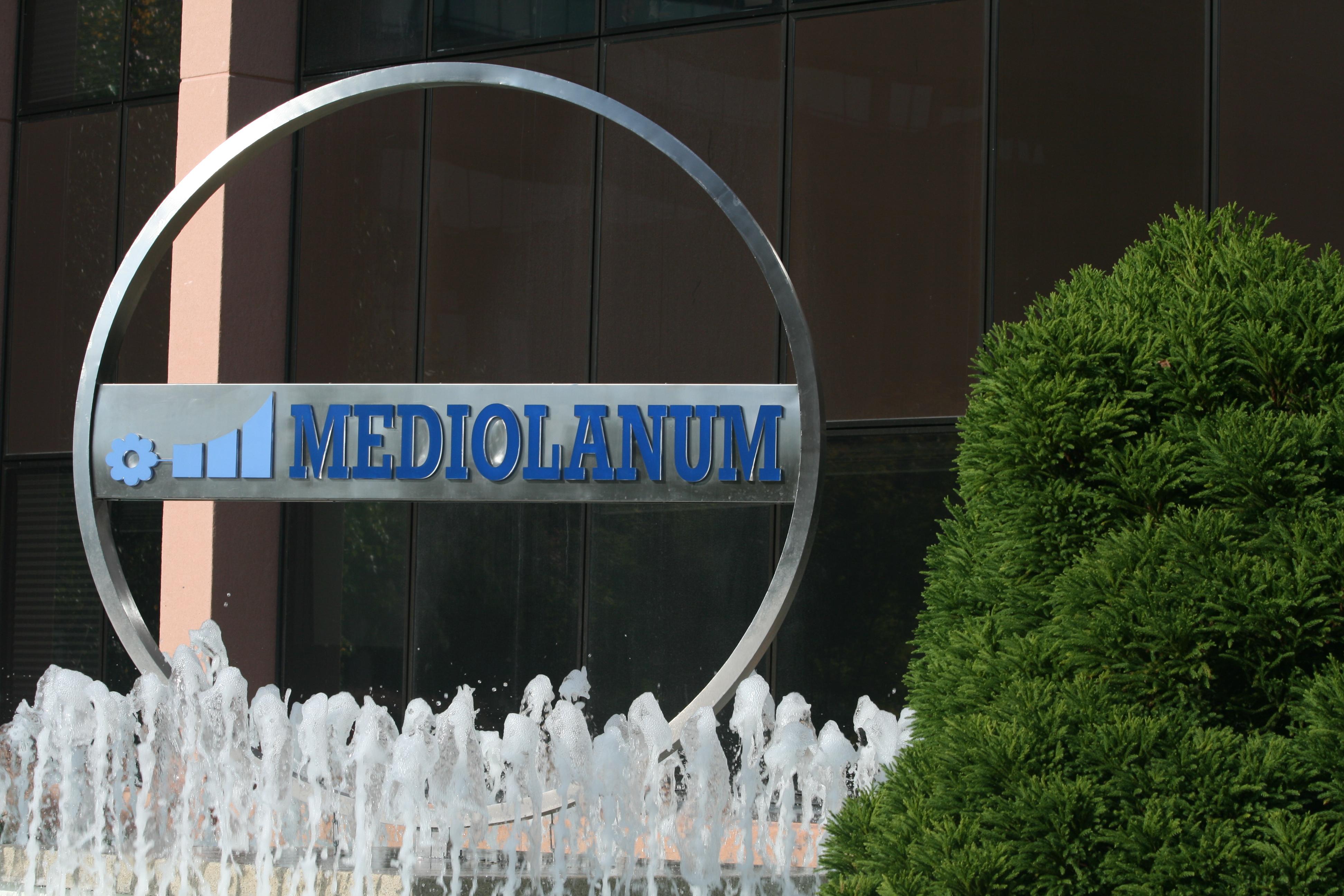 Banco Di Napoli Lavoro Con Noi : Banca mediolanum lavora con noi posizioni aperte invia cv