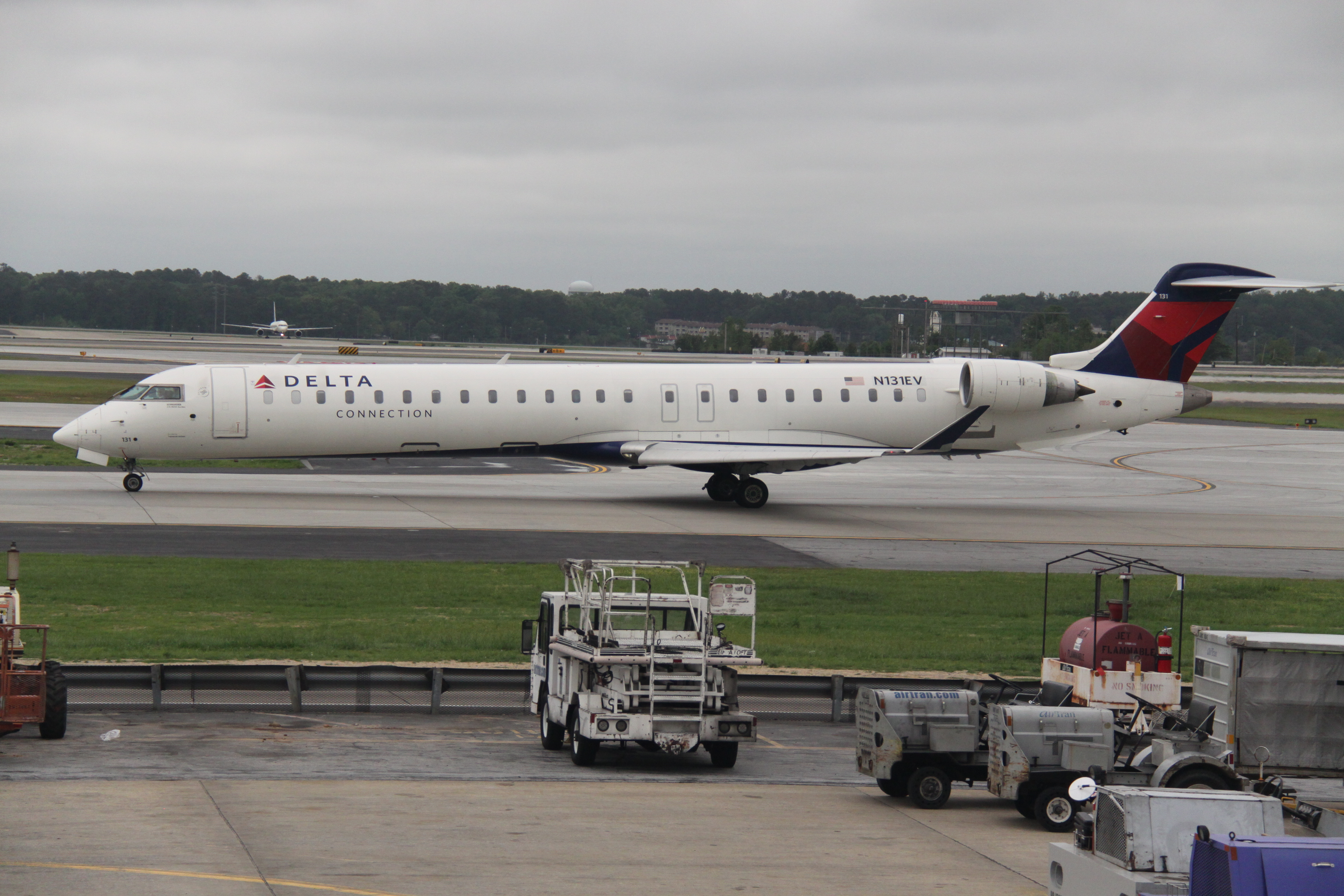 In A Move That Shifts 31 Aircraft From Another Delta Connection Partner To Endeavor The Minneapolis Based Regional Airline Will Expand Its Work And