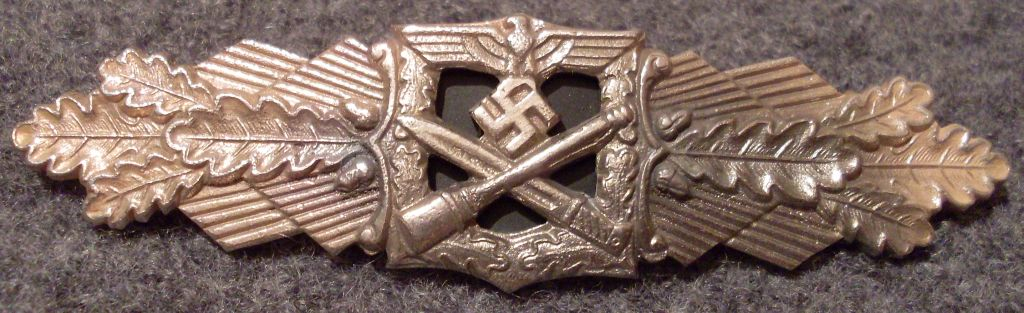 Nahkampfspange Heer Silber.jpg