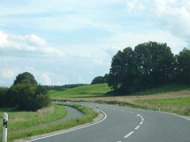 File:Nankendorfer Str. Bei Welkenbach (Kreis Erlangen) - geo.hlipp.de - 13662.jpg