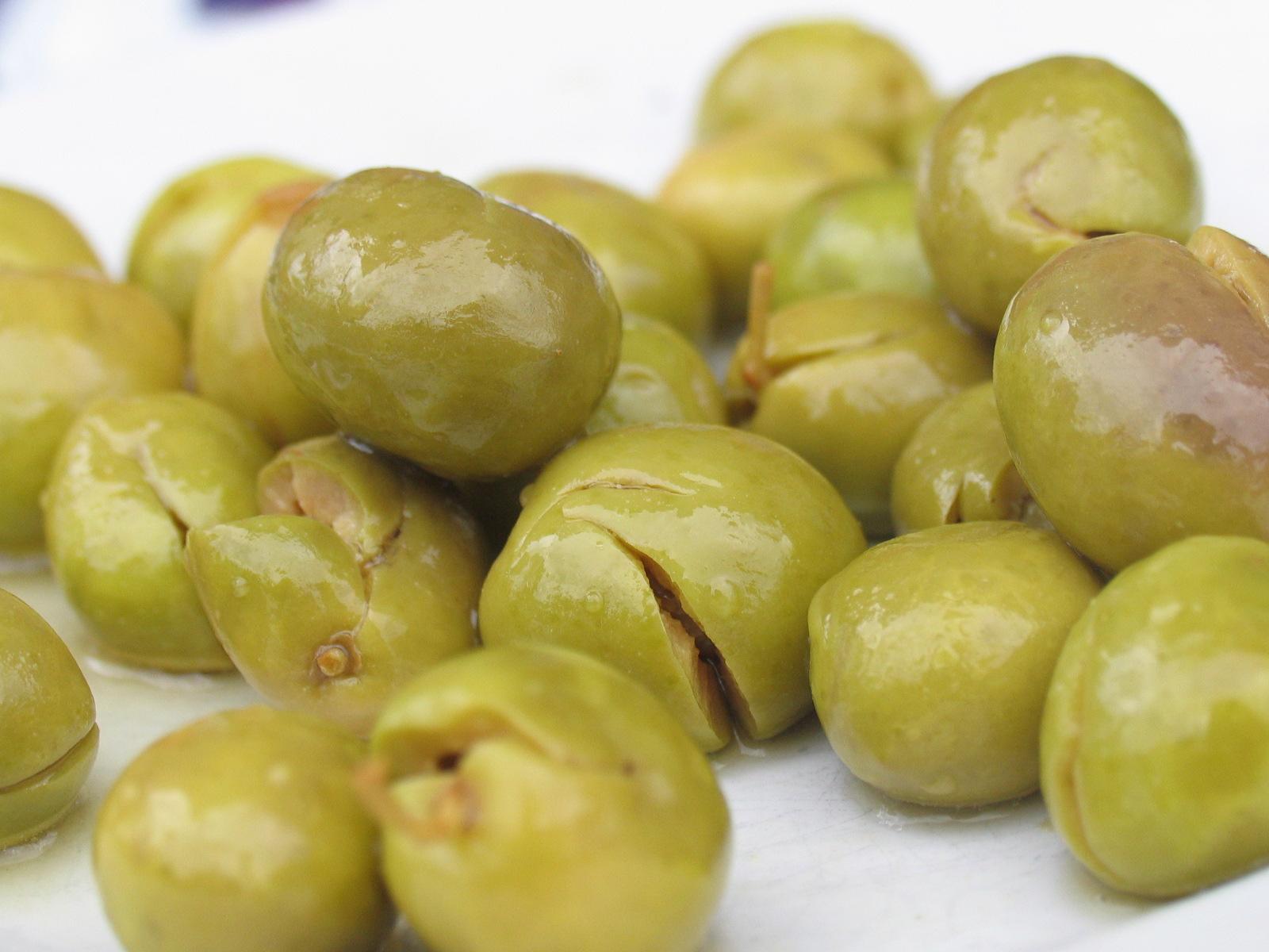 como se hacen las olivas verdes cascadas