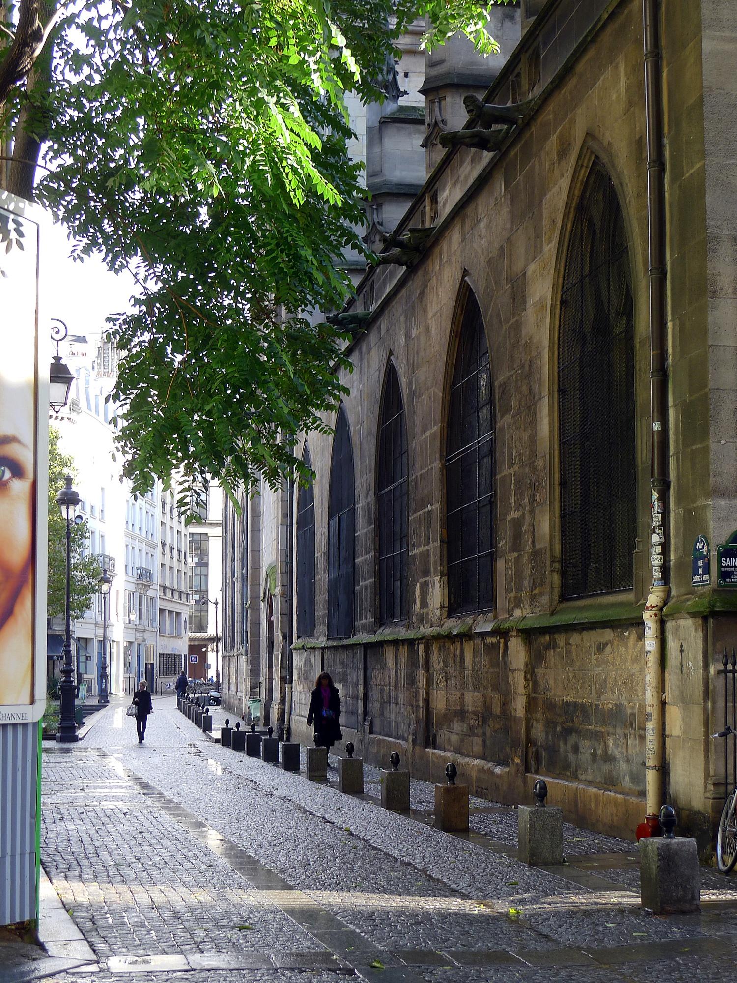 Rue du clo tre saint merri wikip dia for Piscine saint merri