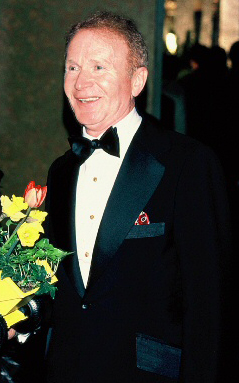 Red Buttons 1978.