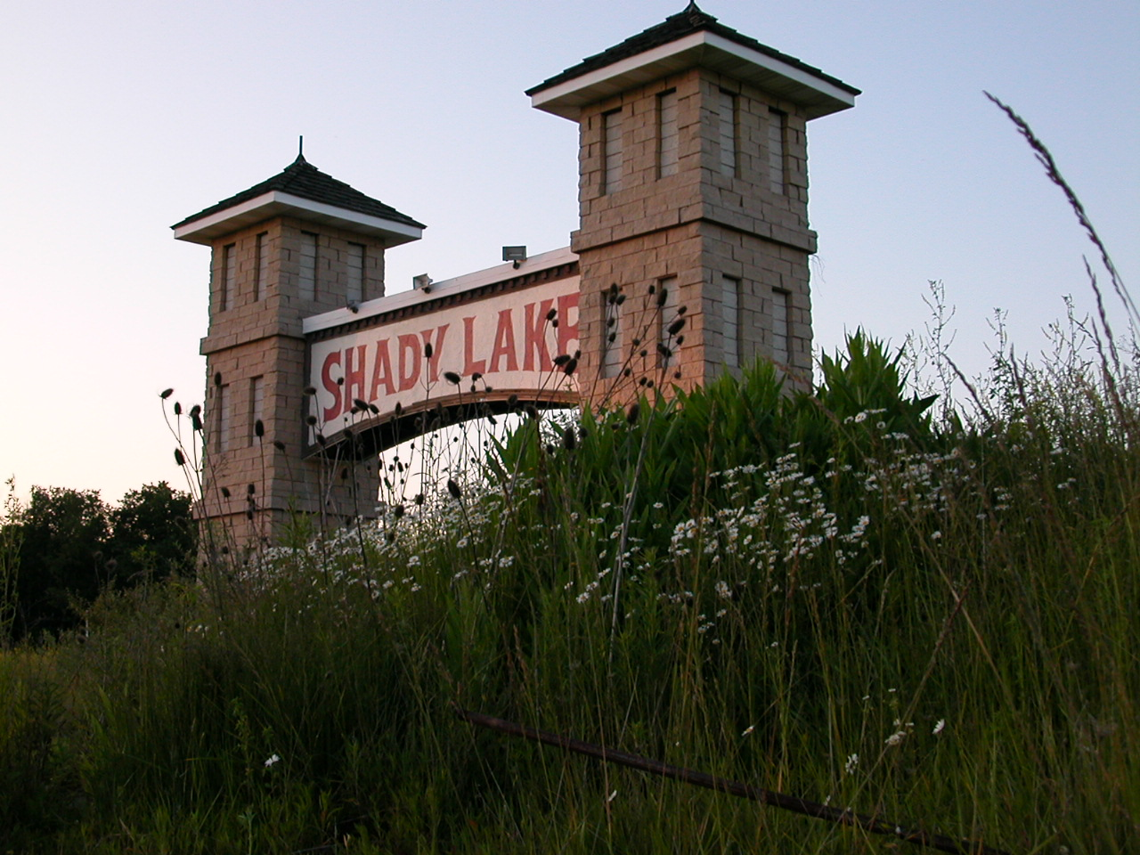 Shawnee Lake Apartments