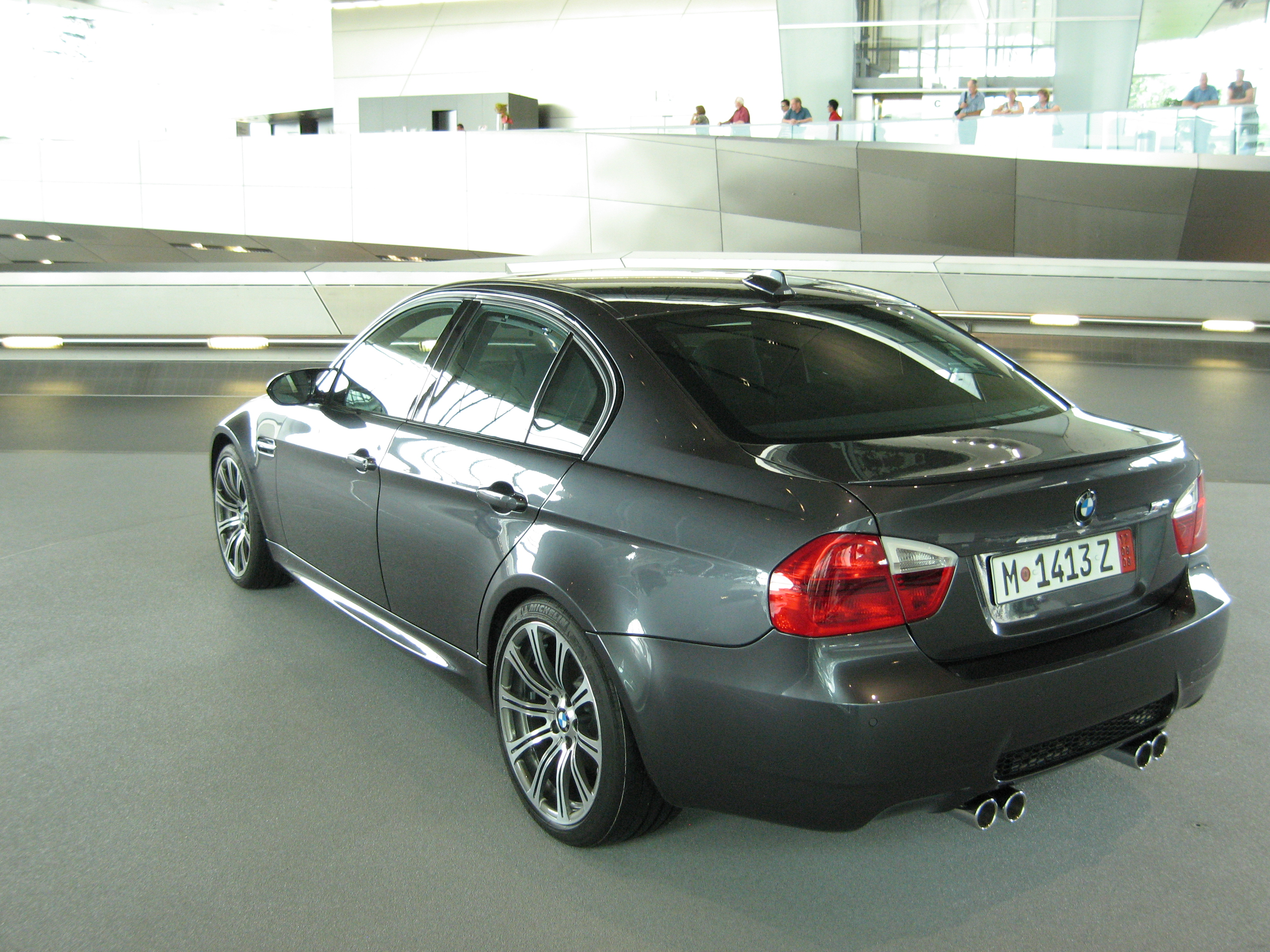 File Silver Bmw M3 E90 Rl Jpg Wikimedia Commons