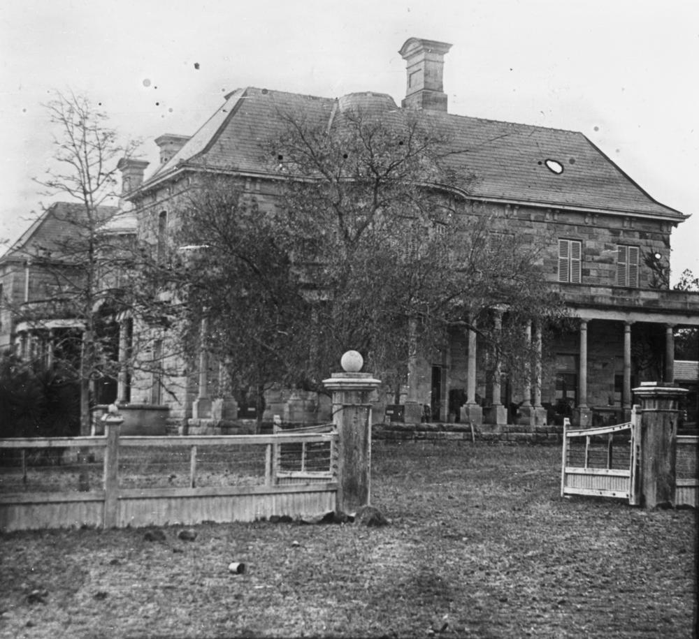 File Statelibqld 1 68915 Side View Of Jimbour House