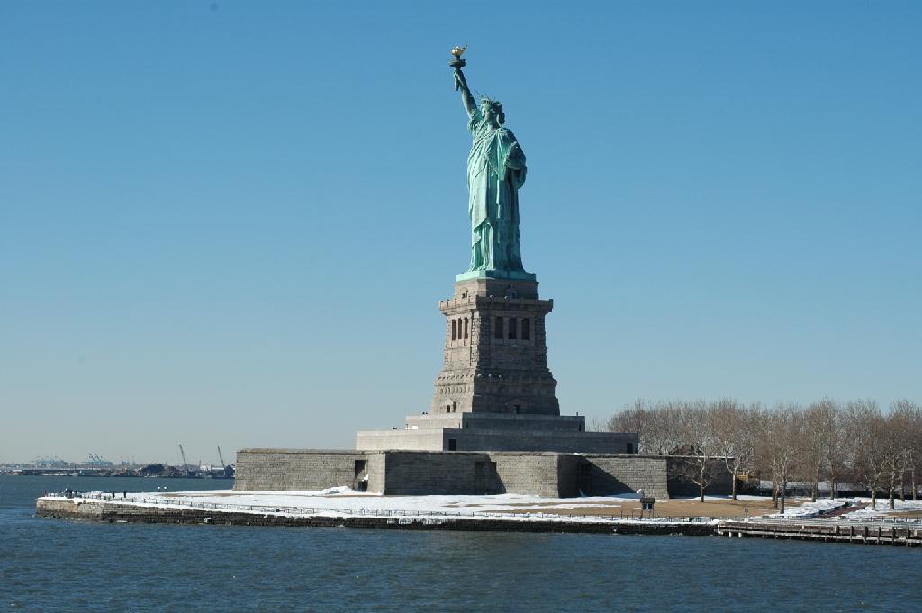 تمثال الحريه نيويورك ويكيبيديا