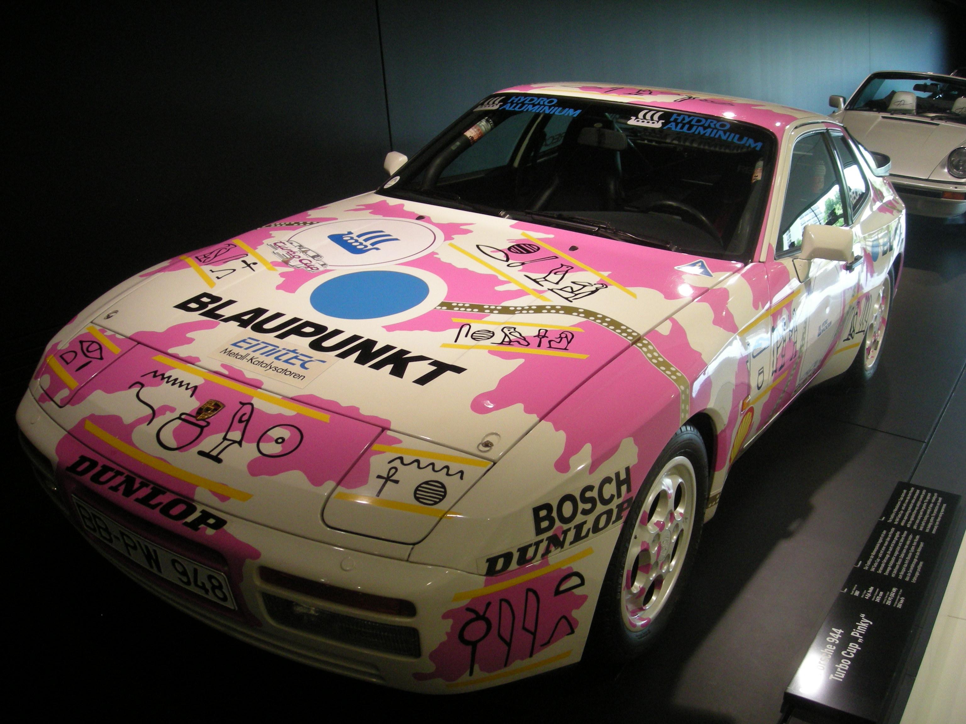 File Stuttgart Jul 2012 44 Porsche Museum 1987 Porsche 944 Turbo Cup Pinky Jpg Wikimedia Commons