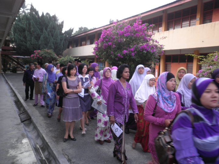 File:Teacher's day in SMKP.jpg