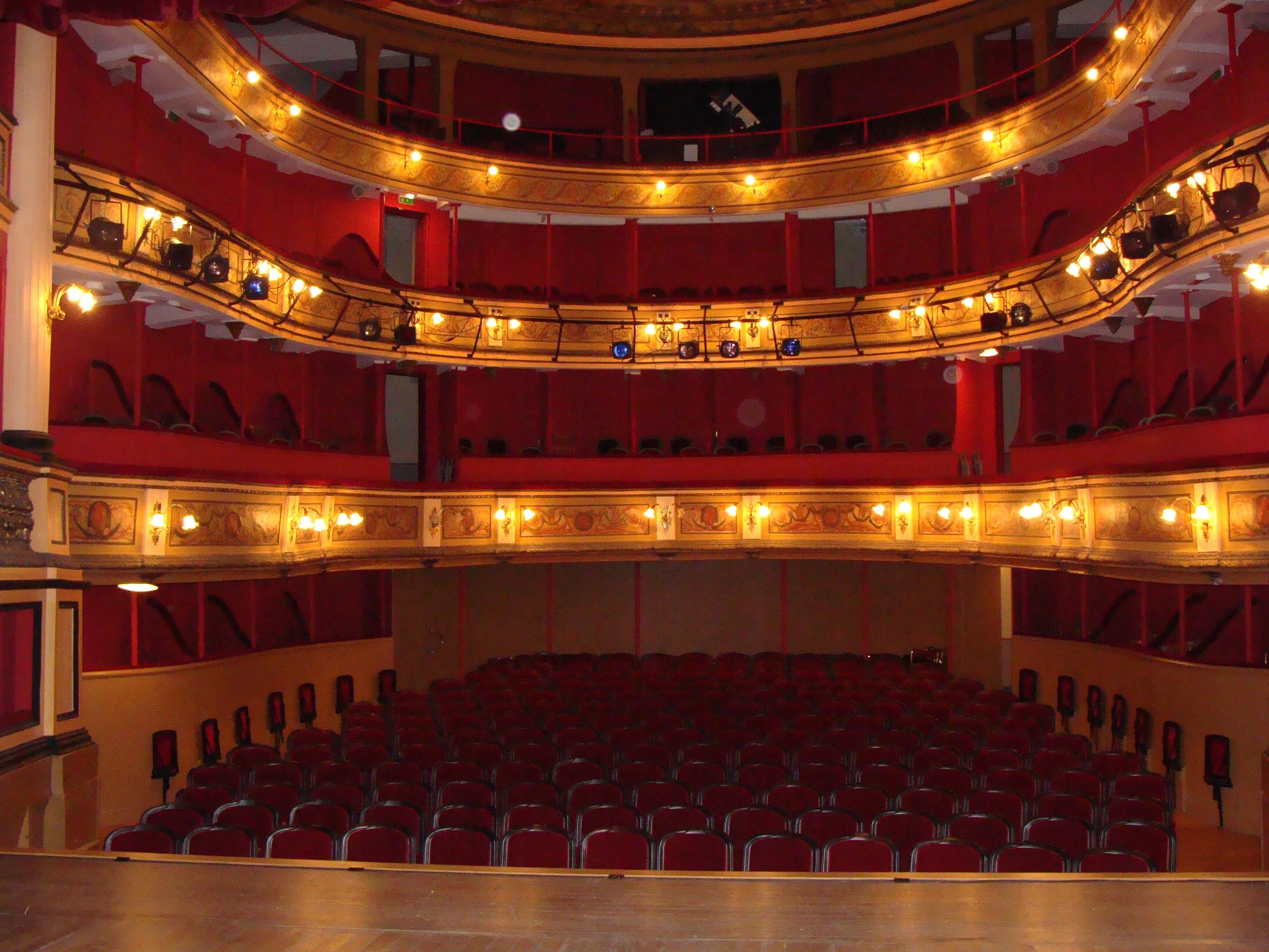 salle spectacle orange