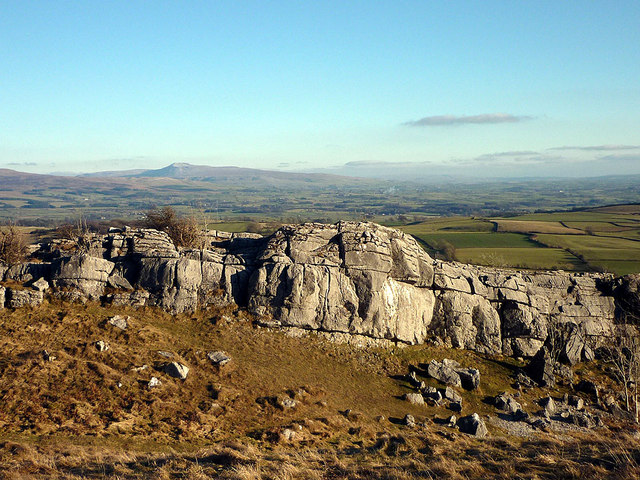 The Rakes, Hutton Roof Crags - geograph.org.uk - 2250553