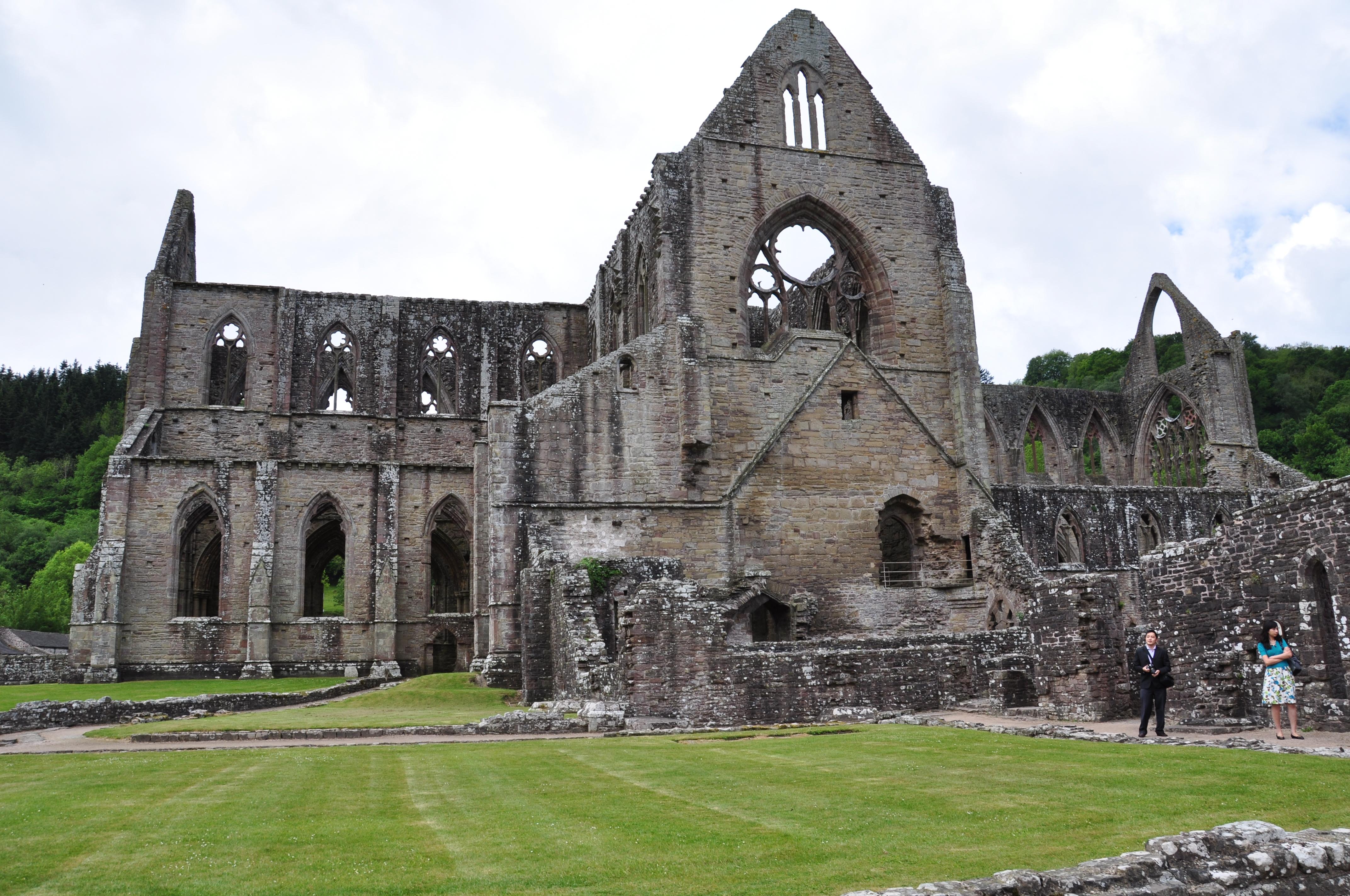 tintern abbey pastoral