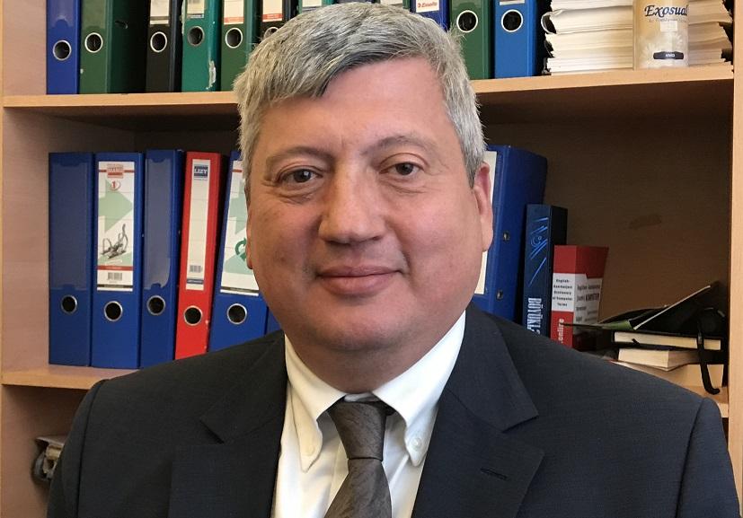 Fayl:Tofiq Zülfüqarov.jpg — Vikipediya
