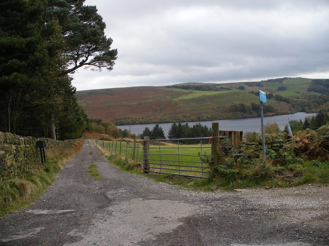 Track to Strines Reservoir - geograph.org.uk - 1012721