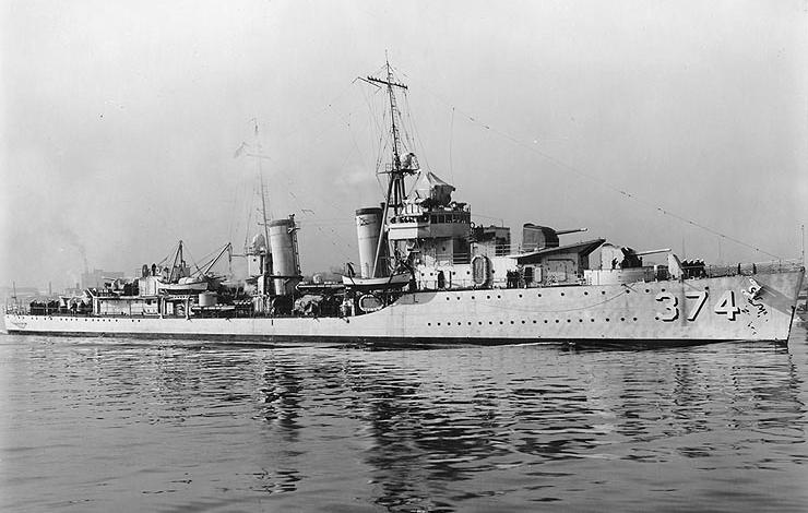 USS Tucker off the Norfolk Navy Yard, Portsmouth, Virginia, 2 March 1937.