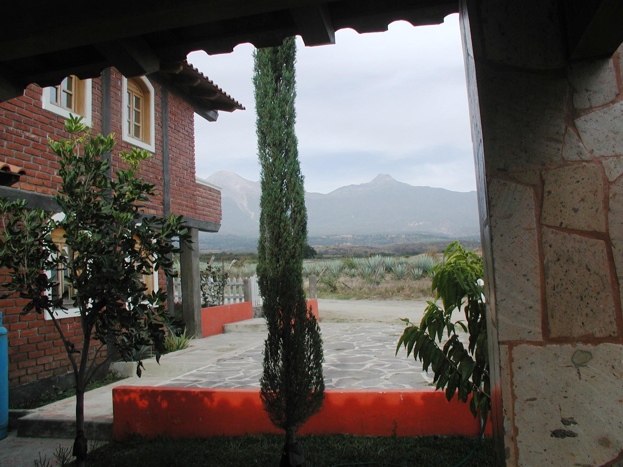File Volcanes Desde Terraza Cabaña Panoramio Jpg