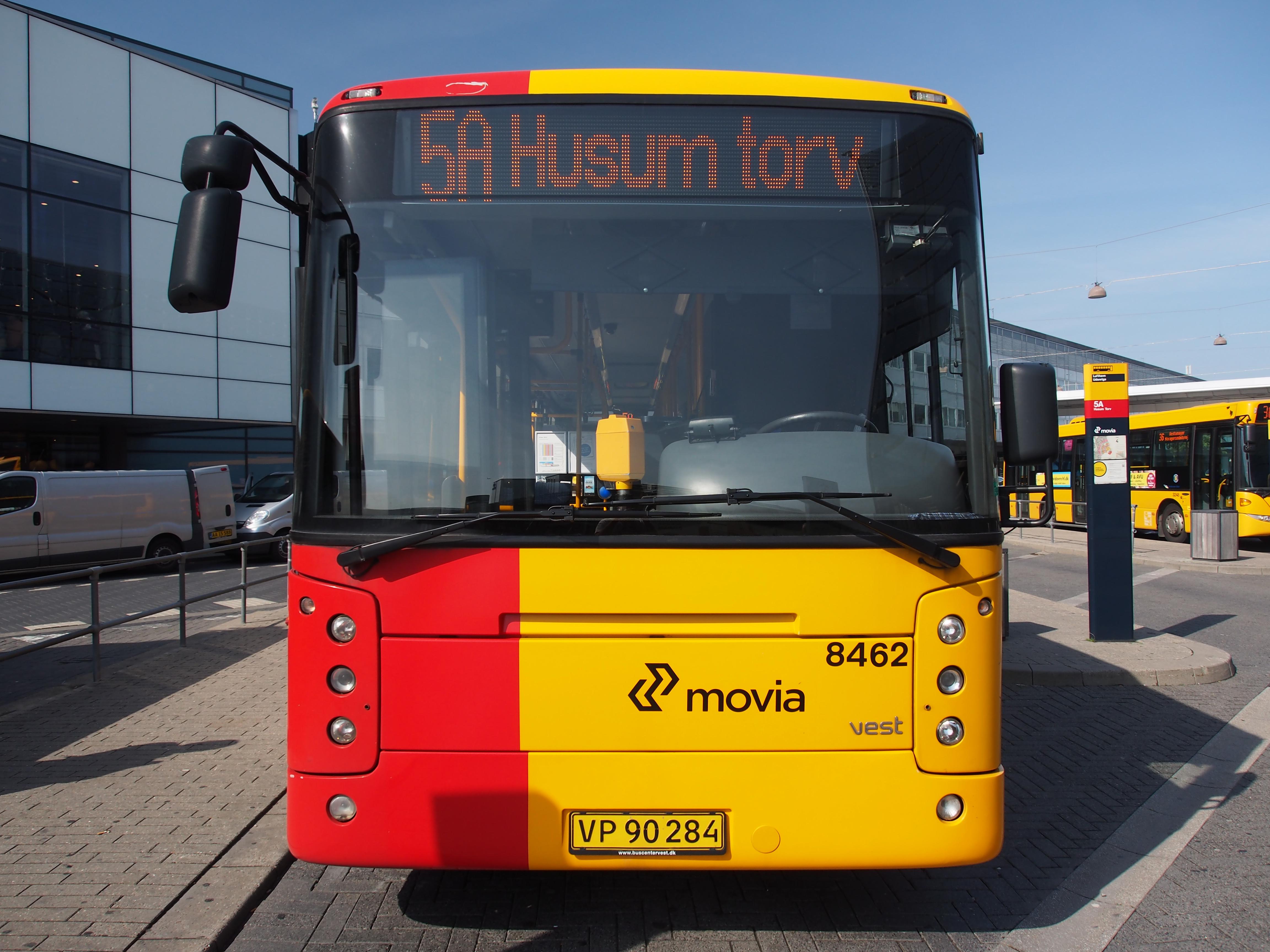 File:Vest Movia bus 8462 line 5A.JPG