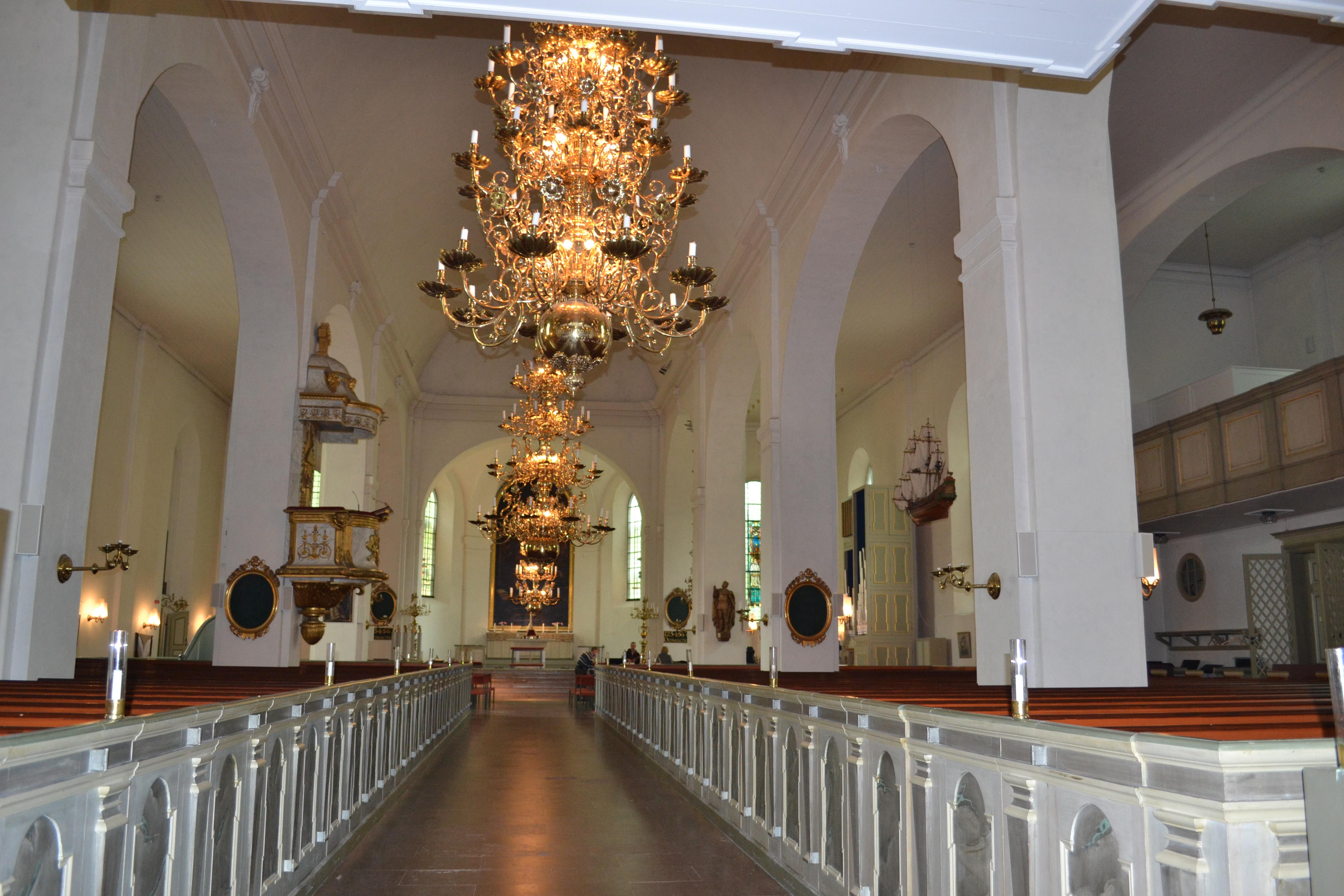 Gravar och kulturlager vid S:t Olai kyrka - Stiftelsen