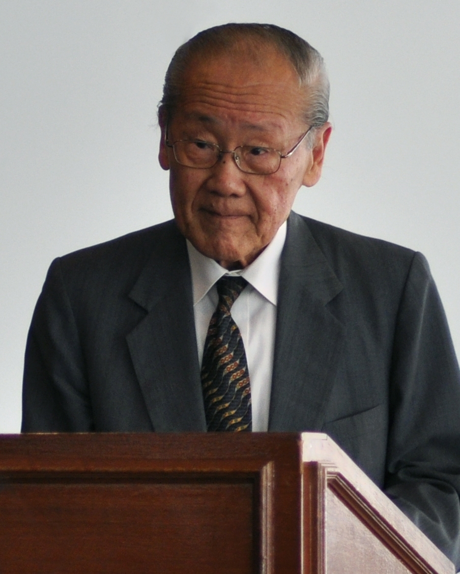 Wang Gungwu speaking at an event in 2010