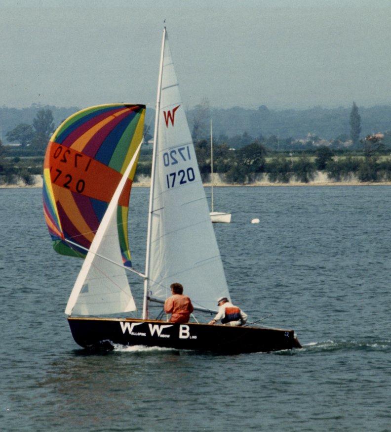 Wayfarer (dinghy) - Wikipedia