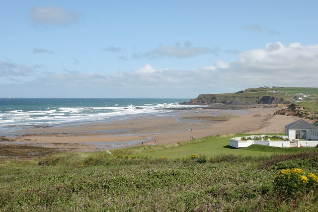 File:Widemouth Sand - geograph.org.uk - 1737611.jpg