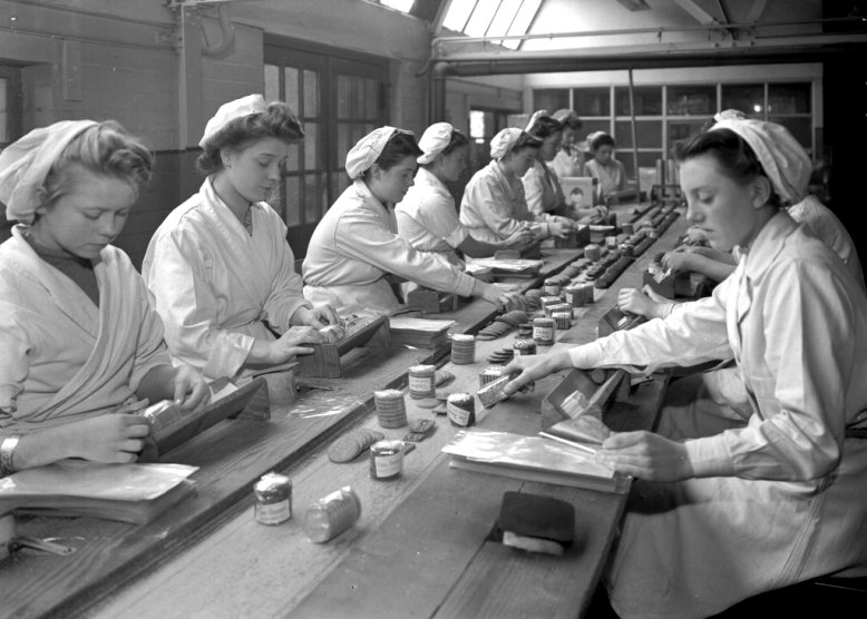 Women at Work - Wrights Biscuits