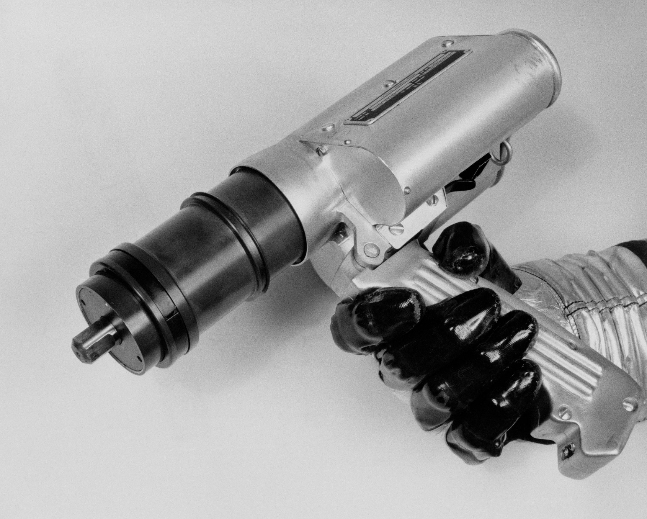 File:Zero-Reaction Space Power Tool Closeup jpg - Wikimedia