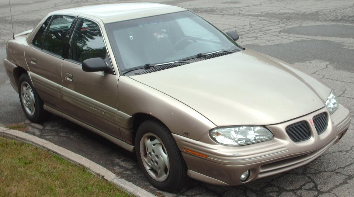 File:'96-'98 Pontiac Grand Am V6 Sedan.jpg - Wikimedia Commons