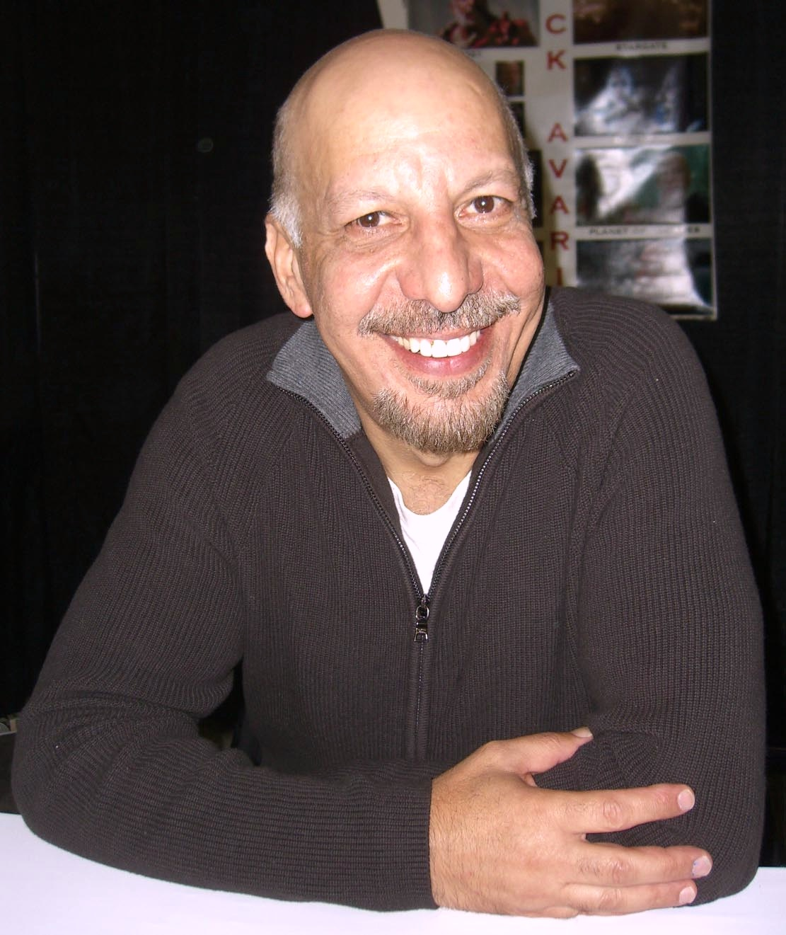 erick avari wikip dia. Black Bedroom Furniture Sets. Home Design Ideas