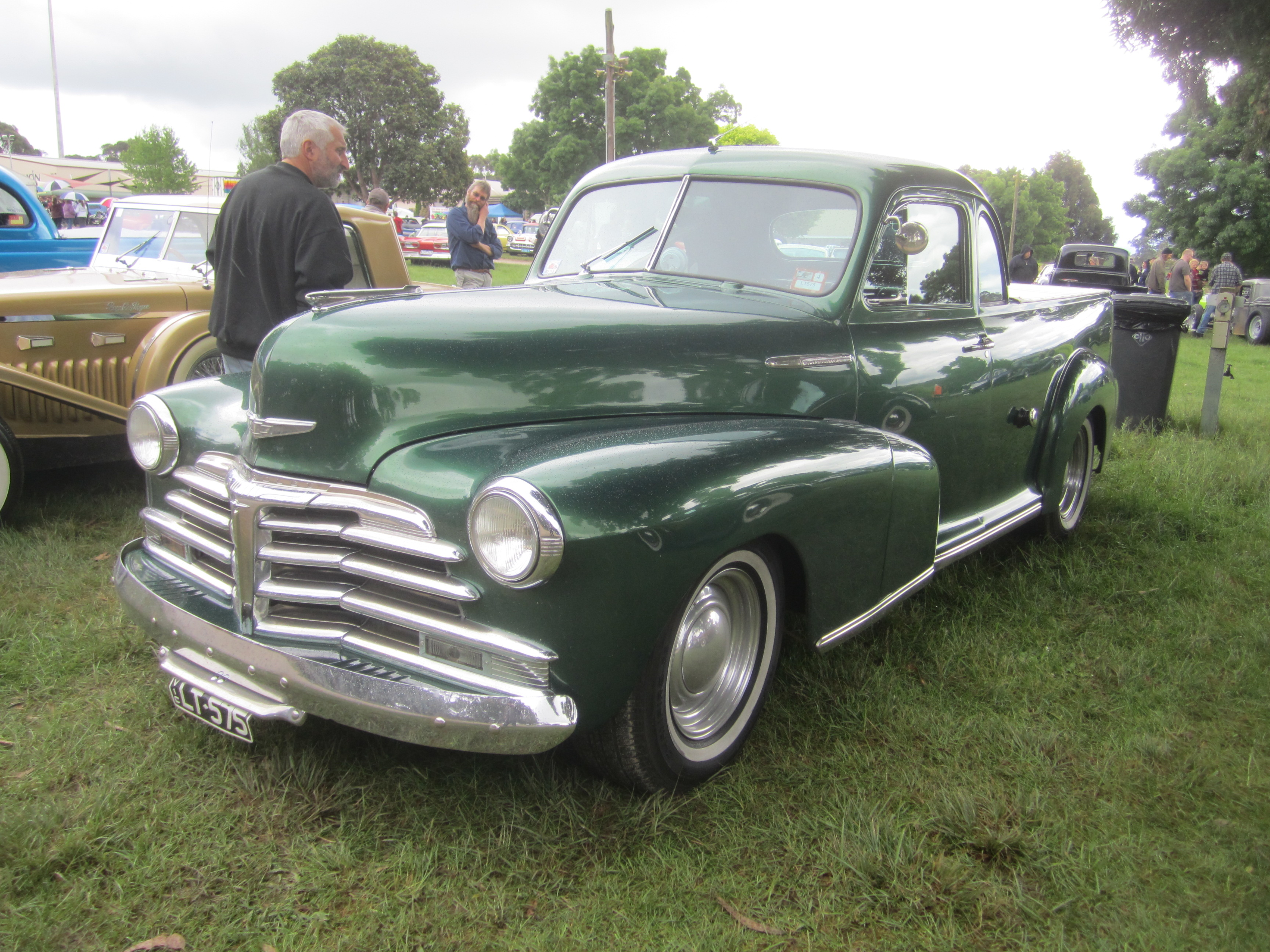 File:1948 Chevrolet Coupe Utility.jpg - Wikimedia Commons