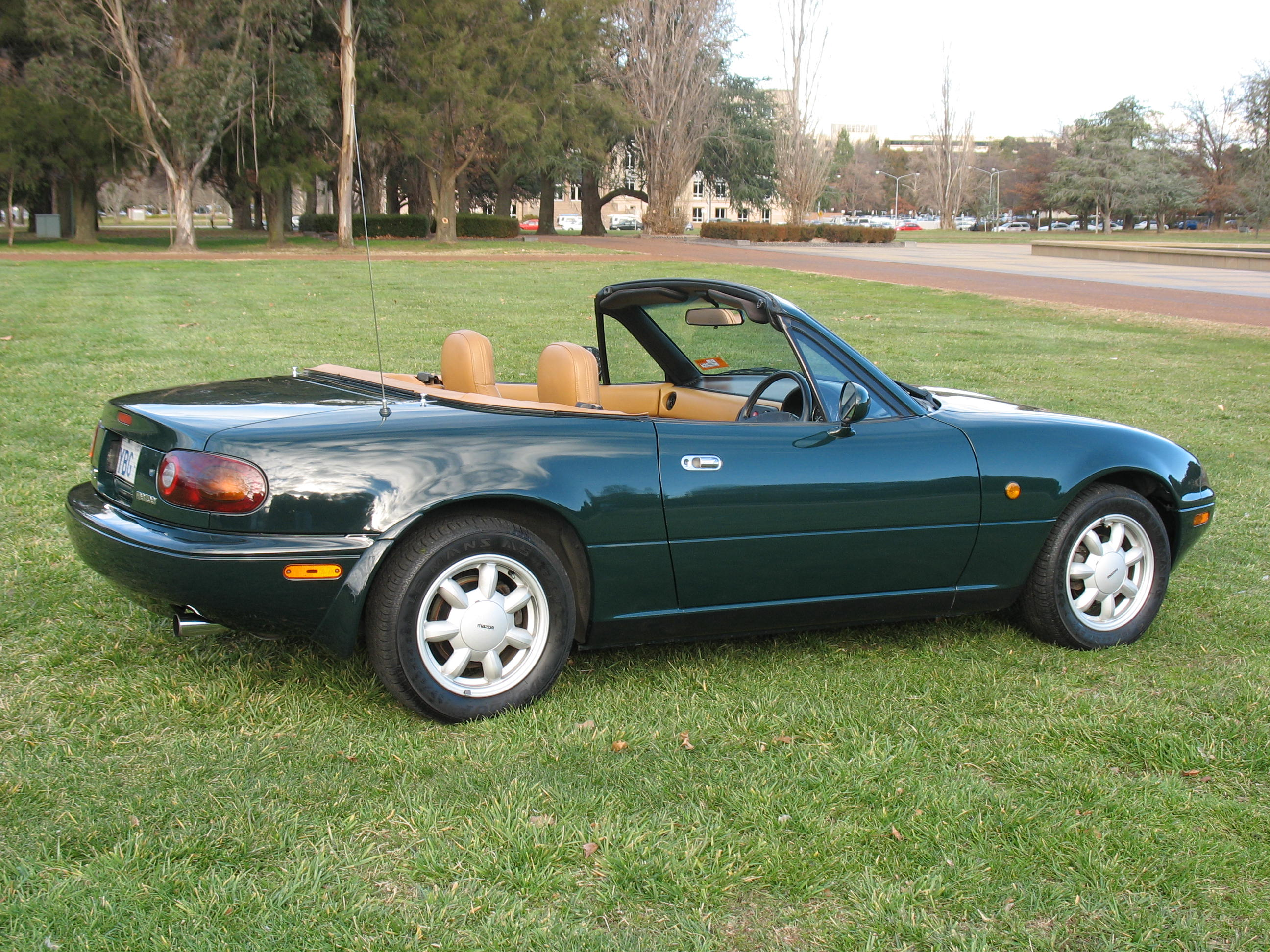 file 1990 1991 mazda mx 5 na limited edition convertible wikimedia commons. Black Bedroom Furniture Sets. Home Design Ideas