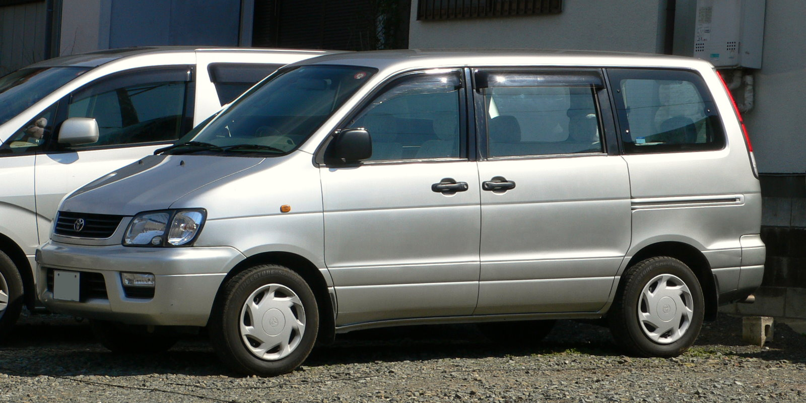 File1998 Toyota Liteace Noah 01 Wikimedia Commons White 2008 Jeep Liberty Current 0434 29 February